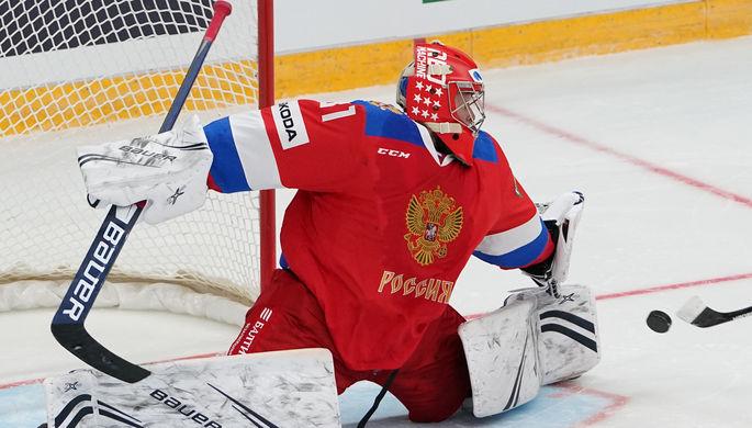 Вратарь Александр Самонов в составе сборной России по хоккею