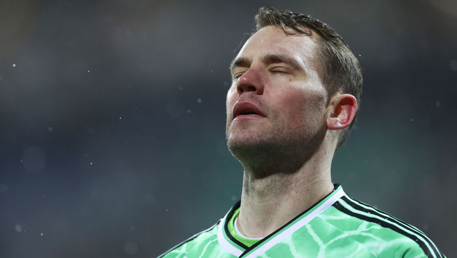 В 2015-м Нойер попал в номинацию на «Золотой мяч». Немец проиграл в голосовании Криштиану Роналду и Лионелю Месси