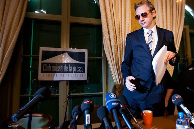 Джулиан Ассанж во время пресс-конференции в Женеве, 2010 год