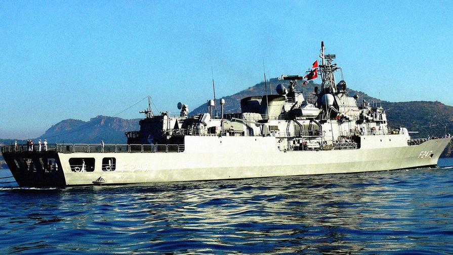 Турция направила фрегат для поиска членов экипажа затонувшего российского судна