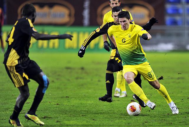 «Анжи» сыграл вничью 1:1 с «Шерифом» и гарантировал себе выход в плей-офф Лиги Европы.