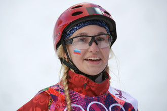 Александра Орлова (Россия) в квалификации лыжной акробатики на соревнованиях по фристайлу среди женщин на XXII зимних Олимпийских играх в Сочи