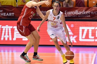 Сборная России проиграла испанкам на групповом этапе Евробаскета