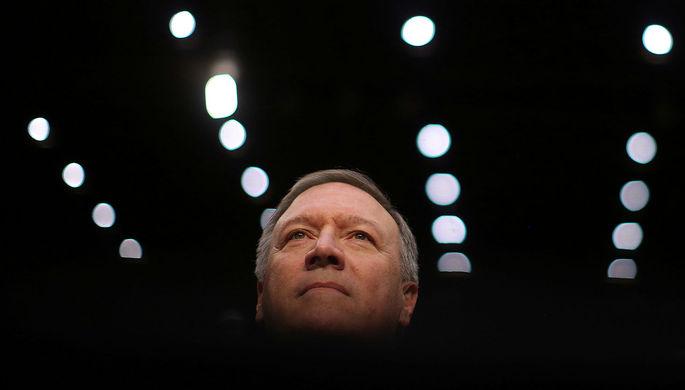 Майк Помпео перед назначением на должность главы ЦРУ в Вашингтоне, 12 января 2017 года