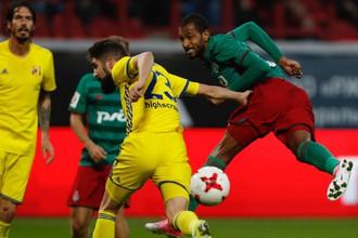 «Ростов» и «Локомотив» играют незрелищно, зато упорно
