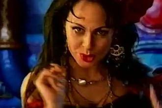 Марина Хлебникова в клипе «Чашка Кофею»
