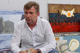 Директор галереи современного искусства 11.12 Александр Шаров