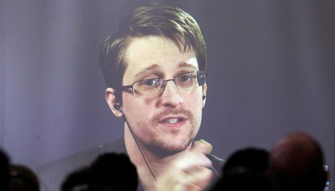 Эдвард Сноуден на видеоконференции