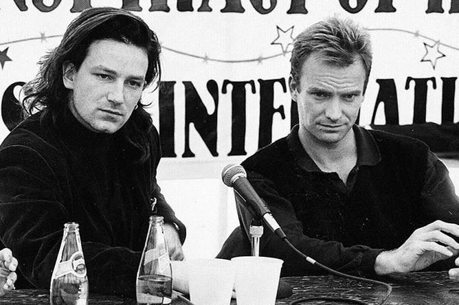 Боно и Стинг во время пресс-конференции, 1986 год