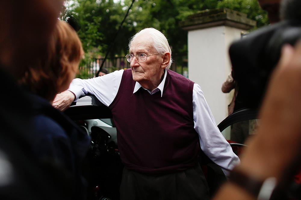 Бухгалтер концлагеря Освенцим 94-летний Оскар Гренинг. Источник: Markus Schreiber/AP