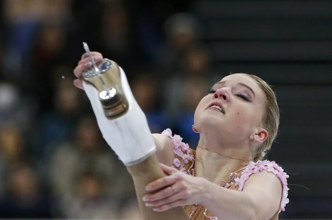 Россиянка Мария Сотскова на чемпионате мира по фигурному катанию в Хельсинки