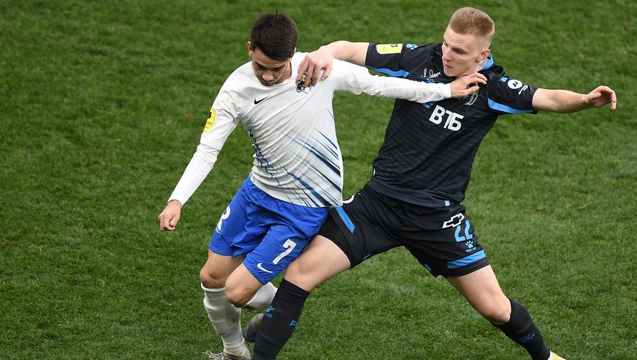 Игорь Школик («Динамо») и Данил Пруцев («Сочи»)