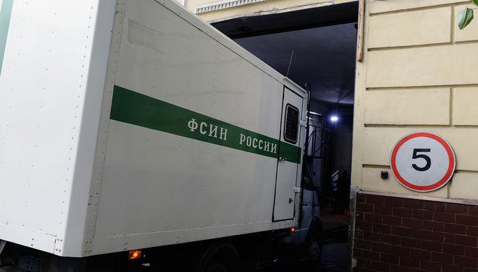 Последняя стадия: экс-полковник ФСИН покончил с собой в суде