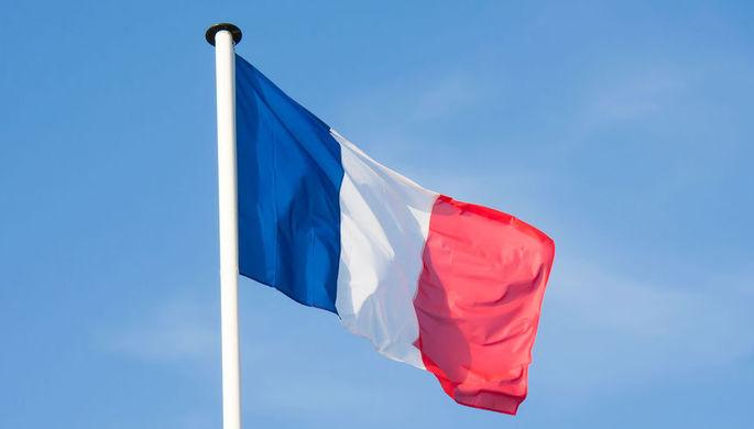 В Нацсобрании Франции выступили за отмену антироссийских санкций