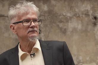 Публицист Эдуард Лимонов во время интервью журналисту Юрию Дудю