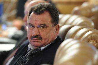 Чичиков в отставке: как генерал делил зарплату «мертвых душ»