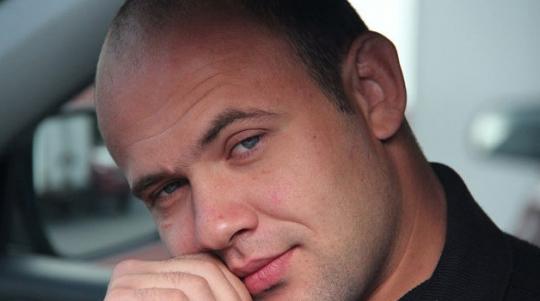 Мастер спорта по греко-римской борьбе Сергей Чуев.