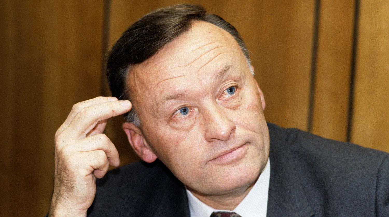 85 лет назад родился бывший генерал КГБ Олег Калугин ...