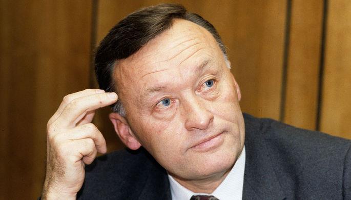 Народный депутат СССР, бывший генерал-майор КГБ в отставке Олег Данилович Калугин