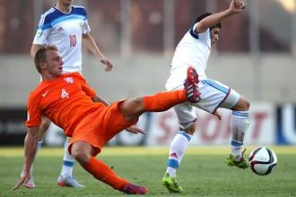 Юношеская сборная России (U-19) проиграла Голландии