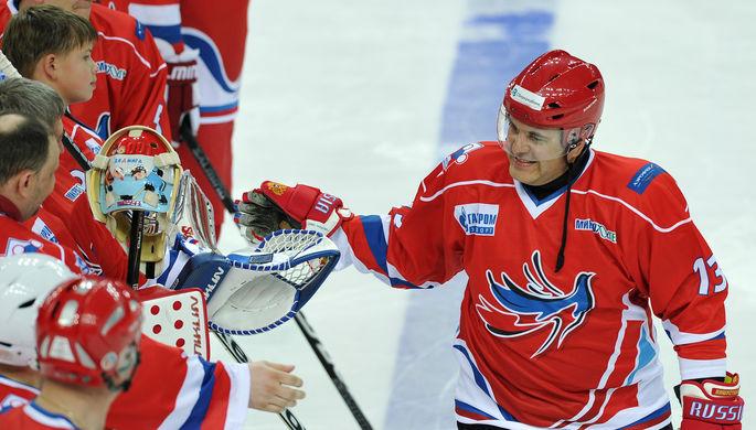 Михаил Мишустин в хоккейной форме