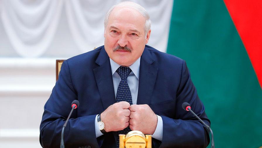 Президент Белоруссии Александр Лукашенко во время встречи с главами делегаций государств-участников заседания Совета глав правительств СНГ в Минске, 28 мая 2021 года