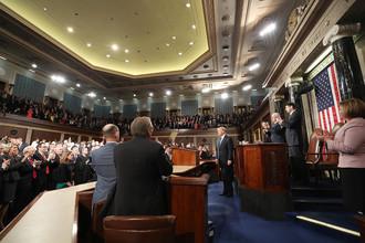 Президент США Дональд Трамп на совместной сессии Конгресса в Палате представителей в Вашингтоне, 28 февраля 2017