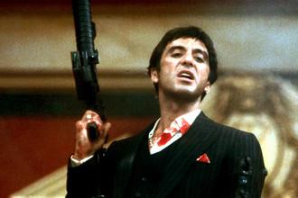 Аль Пачино в фильме «Лицо со шрамом» (1983)