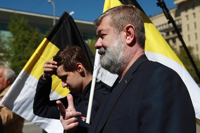 Саратовский политик Вячеслав Мальцев (на первом плане) на митинге оппозиции на проспекте Академика Сахарова в Москве, 6 мая 2017 года