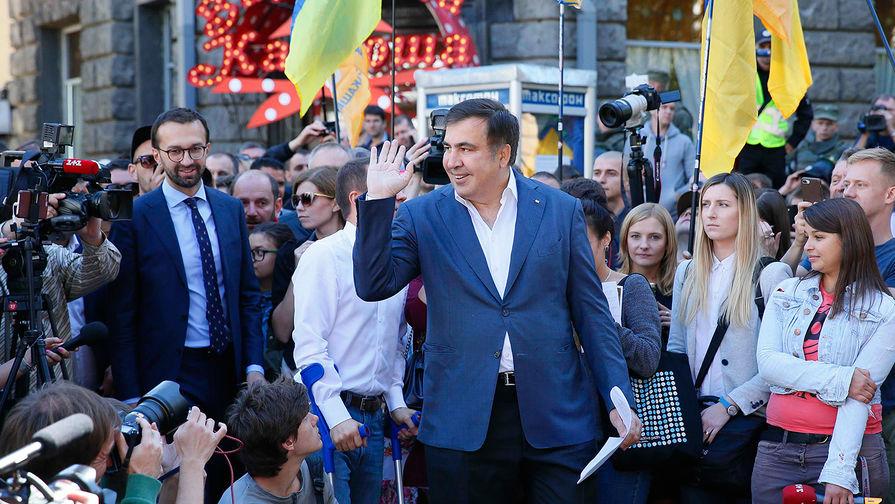 Бывший президент Грузии, экс-губернатор Одесской области Михаил Саакашвили во время выступления в...