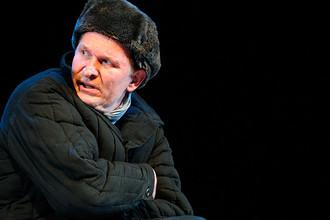 Федор Добронравов в спектакле «Незабываемые знакомства» театра Сатиры, 2013 год