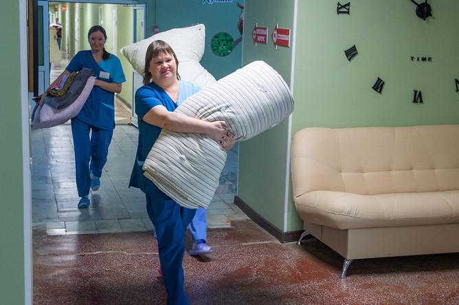 Во время подготовки к размещению эвакуированных граждан России из Китая в лечебно-реабилитационном центре «Градостроитель»
