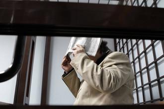 Житель Казани Игорь Данилевский, подозреваемый в убийстве двух женщин и написавший на стене кровью требование освободить участниц группы Pussy Riot, признан невменяемым