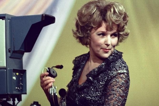 Вера Васильева в музыкальной телепередаче «Бенефис», 1978 год