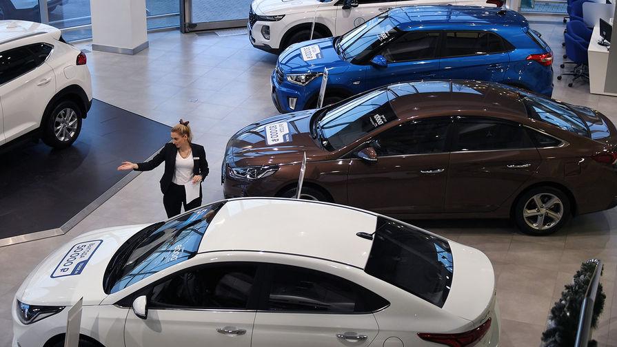 Россиянин отсудил полмиллиона рублей из-за пустой услуги автосалона