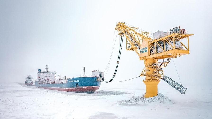 Газпром нефть и Совкомфлот подписали соглашение о повышении эффективности логистики Северного морского пути