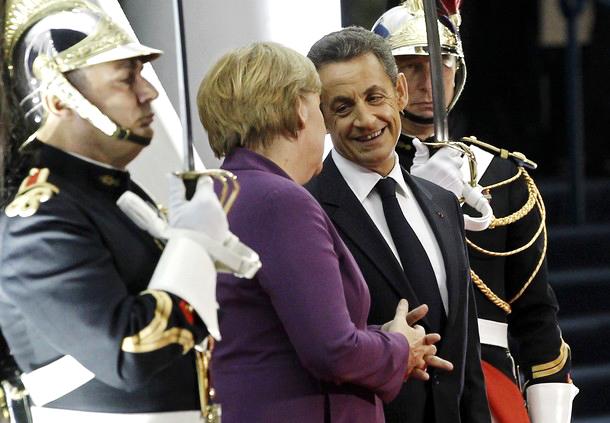 Франция и Германия начали консультации по вопросу реорганизации еврозоны