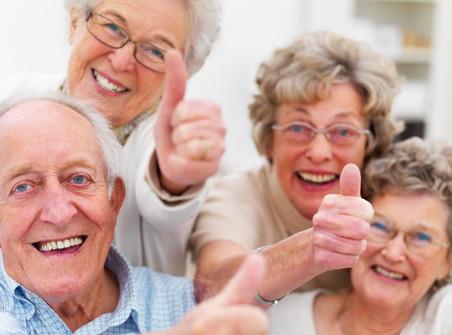 Бабушкам и дедушкам снова можно гулять