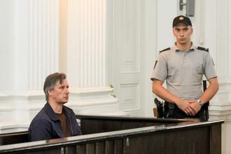 Дмитрий Устинов в зале суда