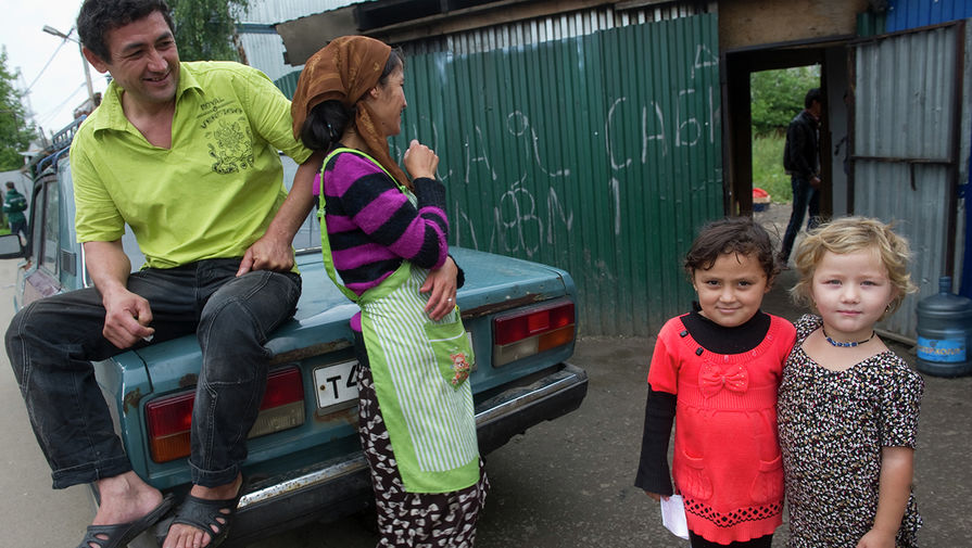 Россия пошла на убыль: вся надежда на мигрантов