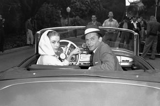 Грейс Келли и Фрэнк Синатра в фильме «Высшее общество» (1956)