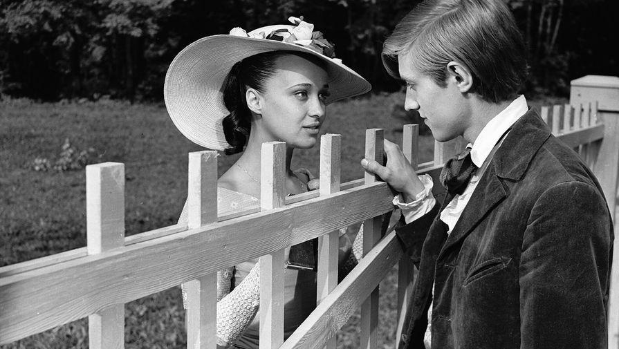 Ирина Печерникова и Владимир Власов в фильме «Первая любовь», 1968 год