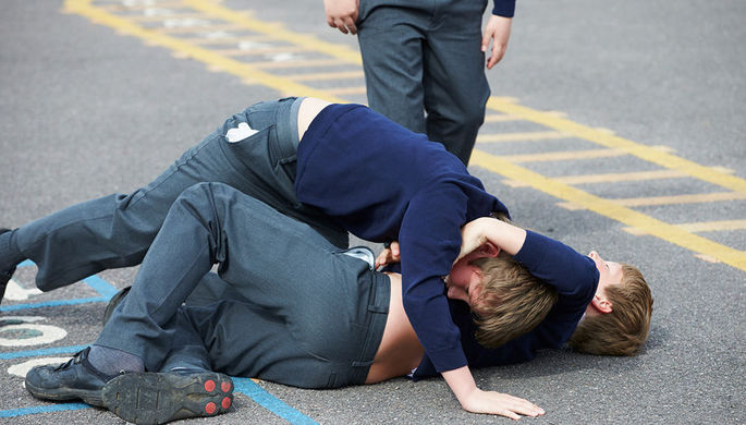 «Ваш ребенок еле дышит»: как убивает школа