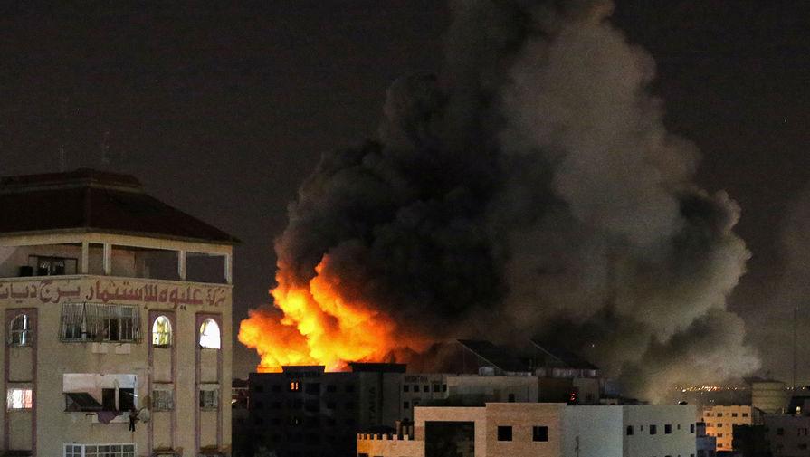 Появилось видео атаки Израиля на многоэтажное здание с офисами СМИ в Газе