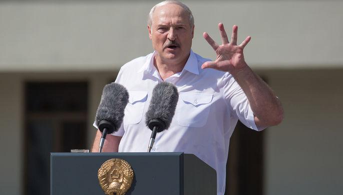 Александр Лукашенко во время выступления на митинге, август 2020 года
