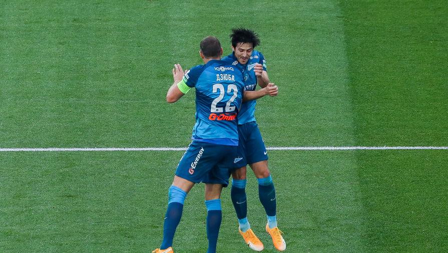 Артем Дзюба и Сердар Азмун празднуют гол в ворота «Уфы»
