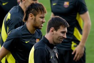 Бразилец Неймар и аргентинец Лионель Месси с пятой попытки постараются добыть «Барселоне» победу над «Атлетико» в нынешнем сезоне