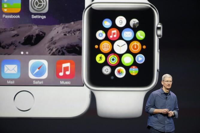 Тим Кук представляет новый iPhone 6 и Apple Watch