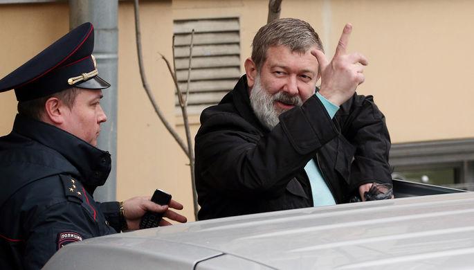 Политик Вячеслав Мальцев после рассмотрения административного протокола в Тверском суде Москвы, 14 апреля 2017 года