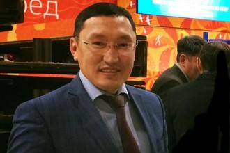 Трехкратный чемпион мира по кикбоксингу Иннокентий Макаров